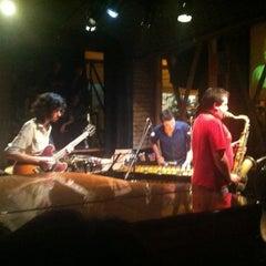 Photo taken at Thelonious, Lugar de Jazz by Dario H. on 3/8/2013