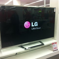 Photo taken at Media Markt by Odina L. on 1/30/2013