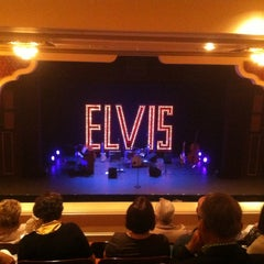 Photo taken at Barter Theatre by Kevin W. on 8/28/2015