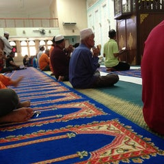 Photo taken at Masjid Ridzwaniah by Ashrill F. on 6/1/2013