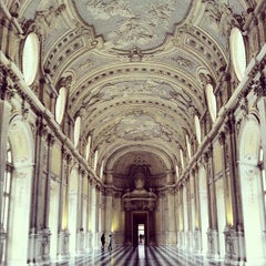 Photo taken at Reggia di Venaria Reale by Golden Closis on 11/2/2012