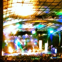 Photo taken at Sidney Myer Music Bowl by Hardy O. on 3/25/2013