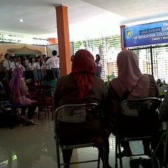 Photo taken at SMA Negeri 1 Medan by Raeny Putri N. on 2/28/2013