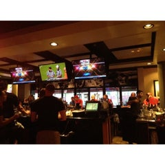 Photo taken at Half Moon Windy City Sports Grill by John D. on 9/1/2013