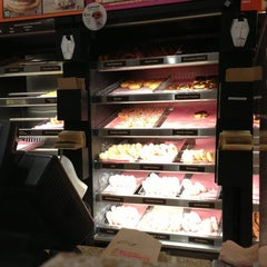Photo taken at Dunkin Donuts by Cliff K. on 5/23/2013