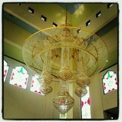 Photo taken at Masjid Al-Istiqna by Vikri F. on 9/15/2012