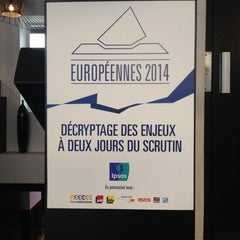 Photo taken at Pavillon Daunou by Gabriel G. on 5/23/2014