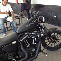 Photo taken at Modulo de Licencias y Placas by Baloo R. on 11/9/2012