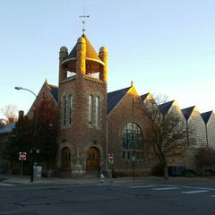 Photo taken at First United Methodist Church of Boulder by Veronica H. on 11/13/2015