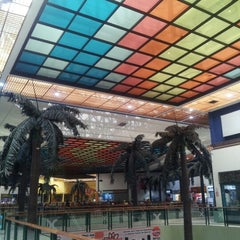 Photo taken at C.C. Doral Center Mall by Alfred C. on 10/12/2012