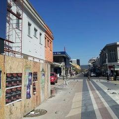 Das Foto wurde bei Banco De Chile von Carlos I. am 9/26/2012 aufgenommen