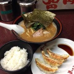 Photo taken at せい家 高円寺店 by Kita M. on 9/2/2014