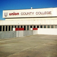 Photo taken at Union County College - Elizabeth Campus by Daniel Z. on 9/16/2013