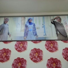 Photo taken at Moshaict - Moslem Fashion District Indonesia by Aya S. on 1/10/2013