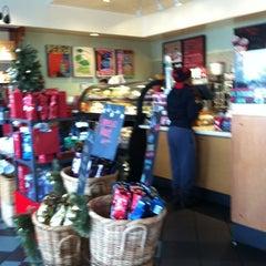 Photo taken at Starbucks by Keoni F. on 12/25/2012