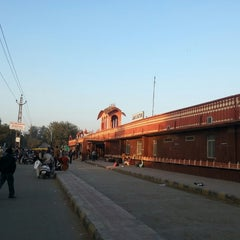 Photo taken at Alwar Railway Station by pRASHANT s. on 12/29/2013