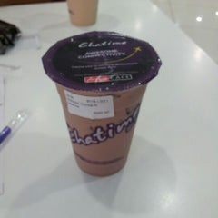 Photo taken at Chatime by $hinoD@ J. on 1/27/2013