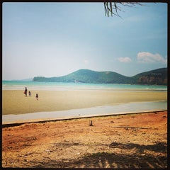 Photo taken at หาดเตยงาม (Teay Ngam Beach) by P . on 3/13/2013