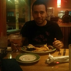 Photo taken at Applebee's by Osman R. on 6/8/2014