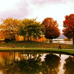Photo taken at Waterfront Park by Candace M. on 10/13/2014