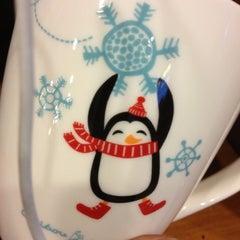 Photo taken at Peet's Coffee & Tea by Kenya F. on 12/5/2012