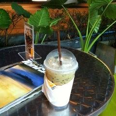 Photo taken at Zana's Bean Coffee by Suparerg W. on 11/17/2012