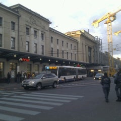 Photo taken at Gare de Genève Cornavin by Luiyo on 2/3/2013