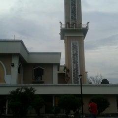 Photo taken at Masjid Sepang by Rabbani S. on 10/12/2013