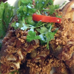 Photo taken at SriPraPhai Thai Restaurant by Moo N. on 7/13/2013