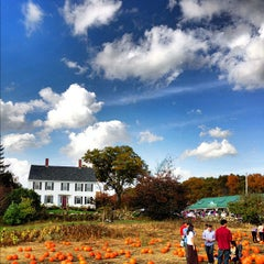 Photo taken at Smolak Farms by Cappy P. on 10/25/2012