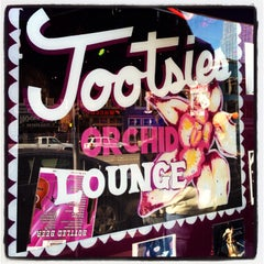 Photo taken at Tootsie's World Famous Orchid Lounge by Magen on 9/30/2013