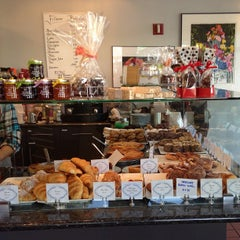 Photo taken at Fillmore BakeShop by Kenneth L. on 4/28/2013