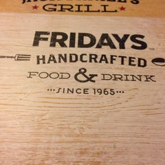 Photo taken at TGI Fridays by Richard H. on 6/1/2014