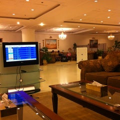 Photo taken at GVIP Lounge | الصالة التنفيذية by Khaled ☤ on 11/16/2012