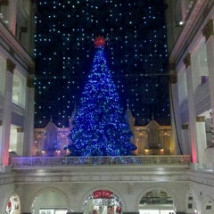 Photo taken at Macy's by Fernanda P. on 12/20/2012