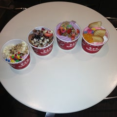 Photo taken at Tutti Frutti by Jr B. on 12/24/2012