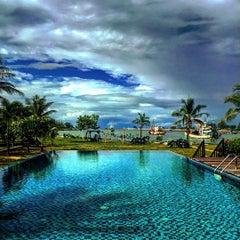 Photo taken at Lawana Escape (Lawana Beach Resort) by Wisit P. on 7/16/2015