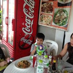 Photo taken at ร้านวิณ (Win) by Pongsit C. on 3/25/2013
