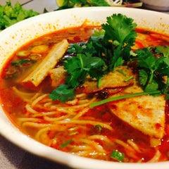 Photo taken at Saigon Deli by Jack Z. on 11/11/2014