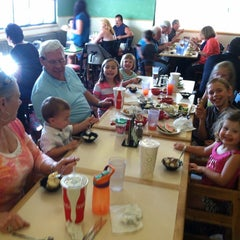 Photo taken at Sweet Tomatoes by Sara W. on 8/6/2013