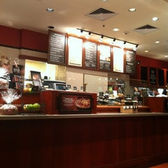 Photo taken at Corner Bakery Cafe by Michelle G. on 10/20/2011