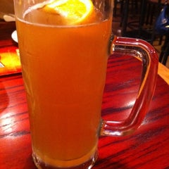 Photo taken at Red Robin Gourmet Burgers by Tiffany M. on 1/6/2011