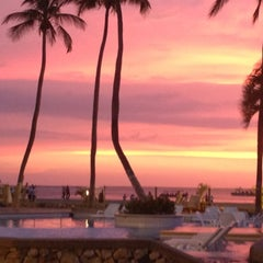 Photo taken at Tamacá Beach Resort Hotel by Ricardo A. on 8/16/2012
