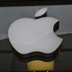 Das Foto wurde bei Apple Store, Rosenstraße von Rod am 9/3/2012 aufgenommen