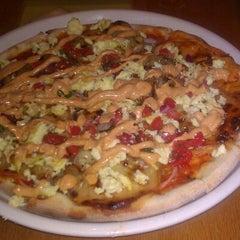 Photo taken at Matchbox Vintage Pizza Bistro by Elizabeth T. on 8/12/2012