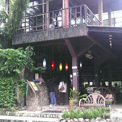 Photo taken at Home & Hill Resort Nakonnayok by ijew RB114 C. on 9/5/2012