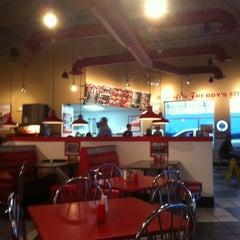 Photo taken at Freddy's Frozen Custard & Steakburgers by Riccardo C. on 1/30/2011