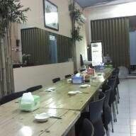 Photo taken at Saung Geulis by Wisnu yudianto H. on 8/19/2011