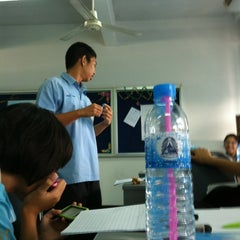 Photo taken at 541 My Classroom by Fluke P. on 2/15/2012