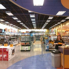 Photo taken at Fred Meyer by Alex C. on 2/12/2011